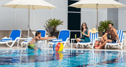 Gulf Court Business Bay pool