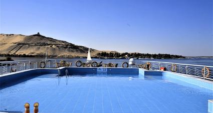 Iberotel Crown Empress pool